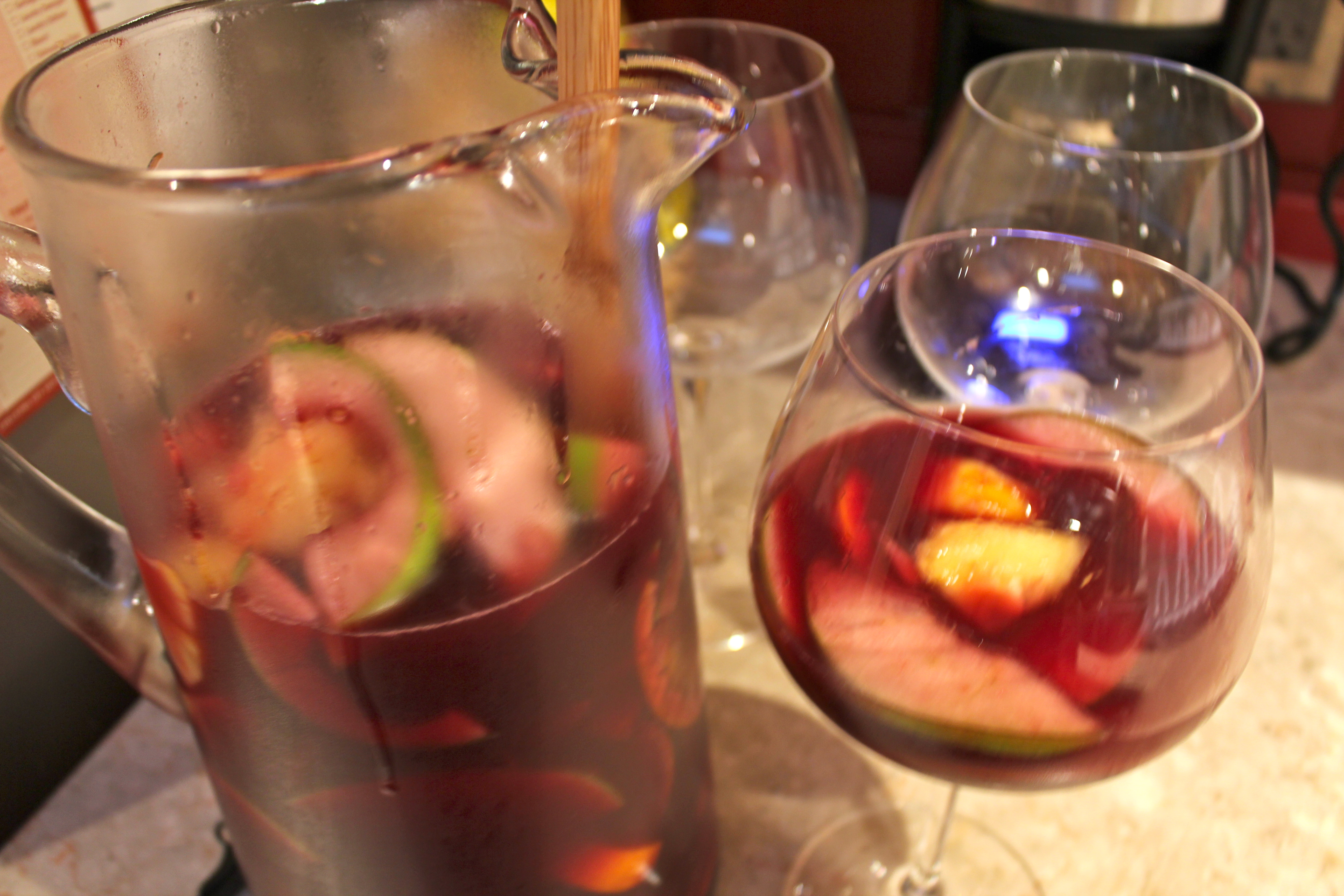 Red Pineapple Sangria | ohgloriousdayblog